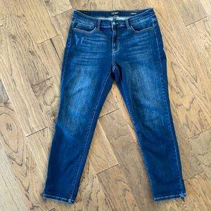 Judy Blue size 15/32 medium wash